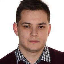 Tibor felhasználói profilja