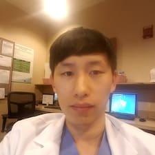 โพรไฟล์ผู้ใช้ Jooyoung