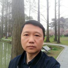 敏 felhasználói profilja