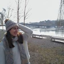 Isabel María User Profile