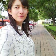 Claudia Georgina User Profile