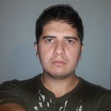 Подробнее о хозяине Carlos Eduardo