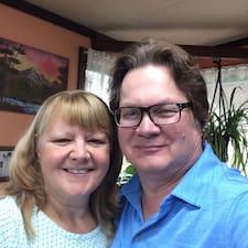 โพรไฟล์ผู้ใช้ Jim (& Terri)