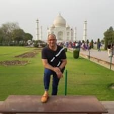 Ajay Brugerprofil