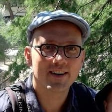 Gilles felhasználói profilja