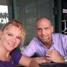 Profil Pengguna Bob And Melanie