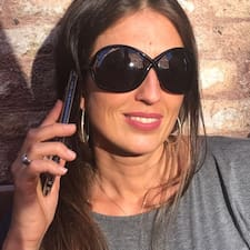 Ilaria Brukerprofil