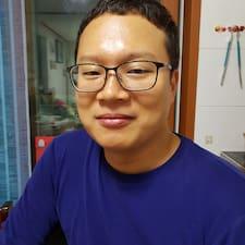 동민 felhasználói profilja