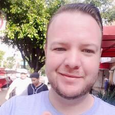 Profil Pengguna Carlos G