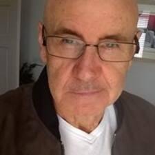 Bryon felhasználói profilja