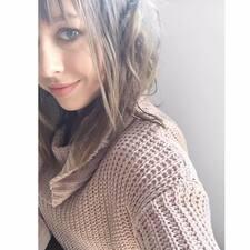 Profil Pengguna Maddie