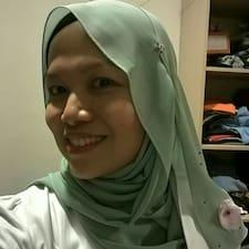 โพรไฟล์ผู้ใช้ Tengku Erina