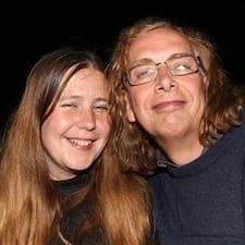 Gavin & Katie Brugerprofil