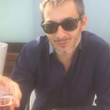 Jean-Louis felhasználói profilja