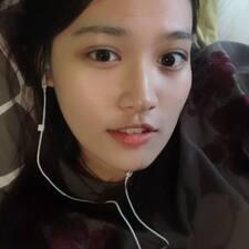Yiyi User Profile