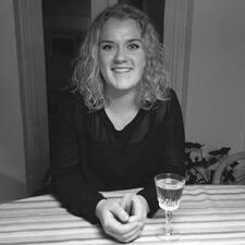 Astrid Vium User Profile