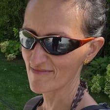 Henkilön Silvia Lucia käyttäjäprofiili