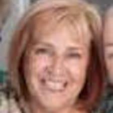 Sue Superhost házigazda.