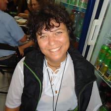Adriana Ribeiroさんのプロフィール