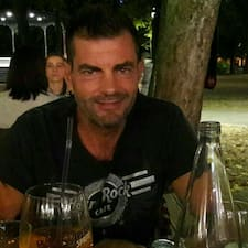 โพรไฟล์ผู้ใช้ Stefan