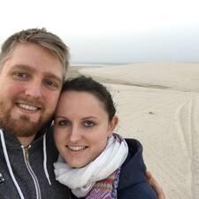 Profil korisnika Jon & Emma