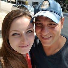 Kirk And Sarah Brugerprofil