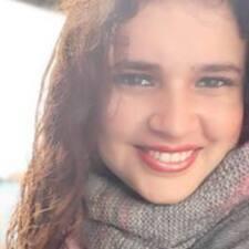 Carolina felhasználói profilja