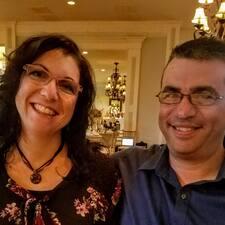 Profil korisnika Doug And Kristen