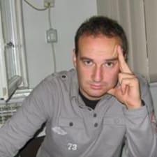 Miloš的用戶個人資料
