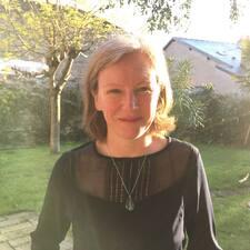 Profil Pengguna Maryse