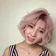 茉 felhasználói profilja