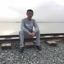 Profilo utente di 何凡