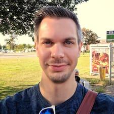 Guus User Profile