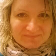 Zsuzsa felhasználói profilja