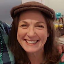 Maureen ist ein Superhost.