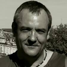 Profilo utente di Jean Yves