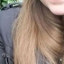 Loreli User Profile