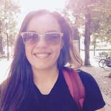 โพรไฟล์ผู้ใช้ Maria Rosaria