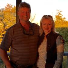 โพรไฟล์ผู้ใช้ Brent & Judith