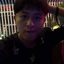 镇宇 felhasználói profilja