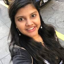 Suneesha felhasználói profilja