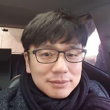 용구 - Uživatelský profil
