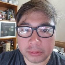 Joey felhasználói profilja