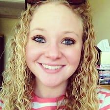 Courtney felhasználói profilja