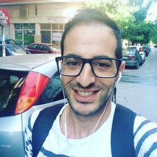 Θεοχαρης is a superhost.