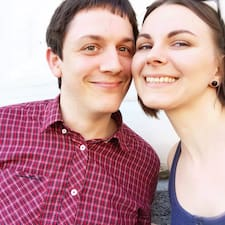 Profil Pengguna Tanya&Alex