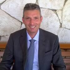 Salvatore Brugerprofil