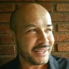 Carlos Roberto的用戶個人資料