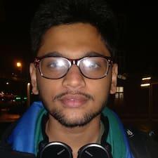 Ananthu的用戶個人資料