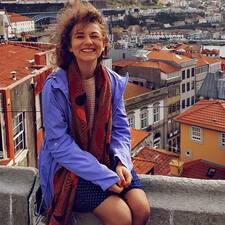 Zuzana felhasználói profilja